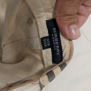 Burberry Accessories - Burberry women hat